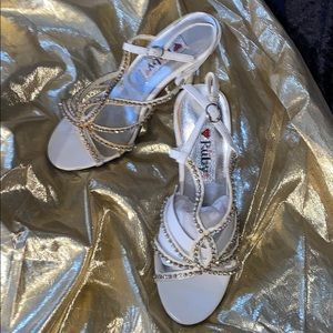 Shoes - Heels with rhinestones creamy white size 5 New